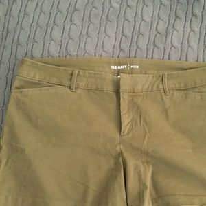 Old Navy olive size 14 shorts